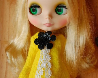 Blythe bubble sweater ....yellow
