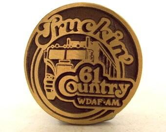 Vintage Truckin 61 Country WDAF AM Radio station belt buckle semi truck Tractor Trailer