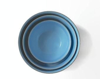 Vintage Enamelware Nesting Bowls, Robin's Egg Blue, Vintage Kitchen Mixing Bowls