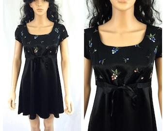 Vintage Little Black Dress. Floral. XOXO. Small. Size 3. 1990s. Short Sleeve. NOS. Mini Dress. Black. Under 50.