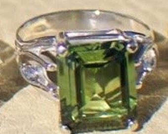 Sterling Silver Peridot or Ruby Ring Size 7