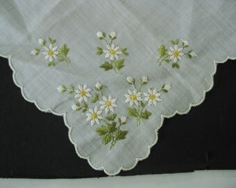 Unused Vintage White Hanky/Handkerchief With Embroidered Flowers In Corner, Original Paper Tag