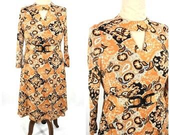 "1970s dress vintage 70s tan brown paisley keyhole long sleeve empire dress M/L W 36"""