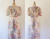 floral print dress / pleated skirt dress / Brimfield dress