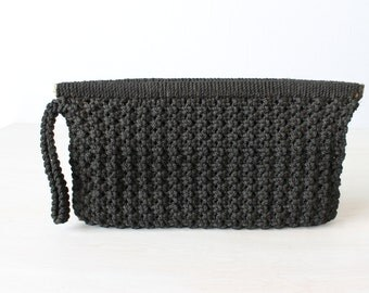 Black Woven Clutch / Black Wristlit / Clutch purse / 1970's/