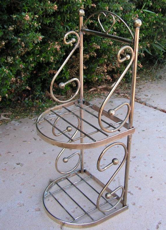 vintage brass wall hanging shelf small wire by retrosideshow. Black Bedroom Furniture Sets. Home Design Ideas