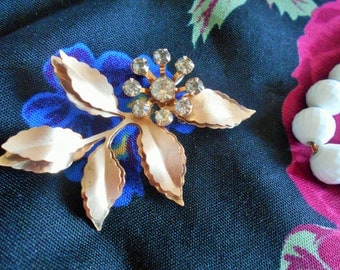 Vintage double LEAF brooch pin, clear stones