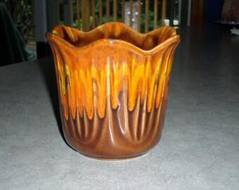 USA pottery 1065 retro orange, yellow, brown drip tulip California Flower Pot planter