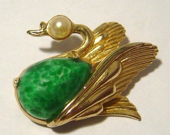 Vintage WEISS Swan pin faux green jade belly and faux pearl head