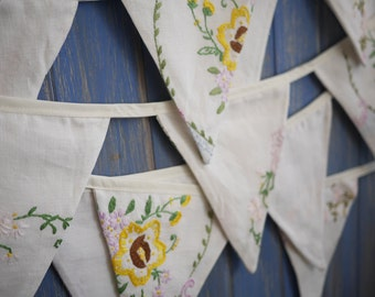 Vintage Tablecloth Embroidered Bunting. Wedding Bunting. This is a beautiful 6m strand of embroidered bunting.
