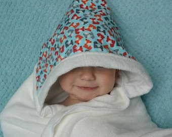 Bamboo Hooded Toddler Towel: foxes