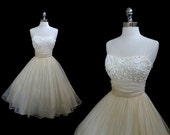 Vintage 1950s Cream Organza Ribbon Embroidered Cocktail Party Dress XS