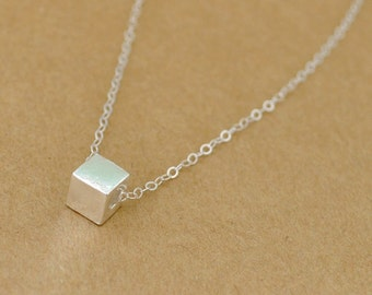minimal, dainty everyday Geometric necklace, tiny silver cube, geometric shape, delicate chain, sterling silver cube
