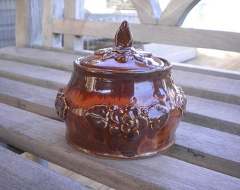 Honey Dripped Rose Petal Lidded Pot