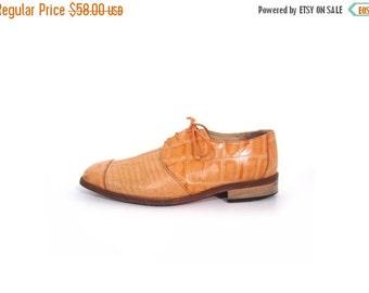 BTS SALE Vintage 90s PUMPKIN Orange Croc Print Leather Oxfords men 10.5 women 12