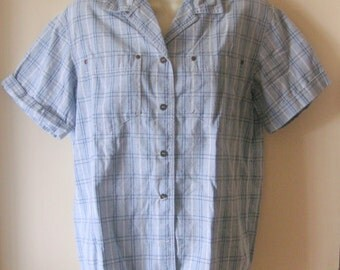 Ladies plaid 100 % cotton  shirt blue white navy womens shirt  vtg size small blouse excellent condition