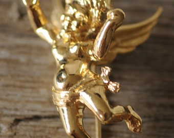 Boucher cherub gold brooch, angels, Christmas putti