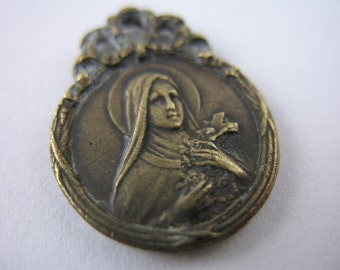 Saint Theresa Religious Medal Vintage Style Religious Charms Jewelry Supplies GL3
