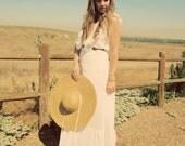vintage 70s romantic white maxi dress // wedding dress