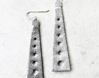 Silver,rose gold or gold tower earrings