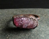 Tourmaline Ring Size 9 Gemstone Raw Crystal Ring Cocktail Ring Berry Pink Copper Gem Artisan Raw Organic