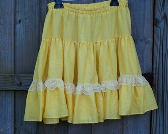 12 Clearance...Flouncy yellow skirt (M/L)