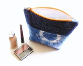 Cosmetic bag storage case, Shibori Indigo blue, linen clutch pouch, hand dyed, tie dyed zipper pouch, travel bag, quilted makeup bag