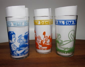 """1 of 3 """"Disney All-Star Parade 1939"""" glasses - choose from Mickey, Snow White, Ugly Duckling"""