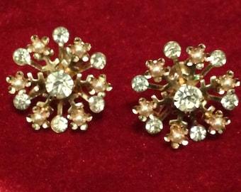Snowflake earrings sparkle screwback vintage