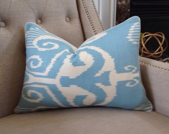 "Quadrille China Seas Nomad Pillow Cover in Blue on White - 14""x20 - Pattern on the front"