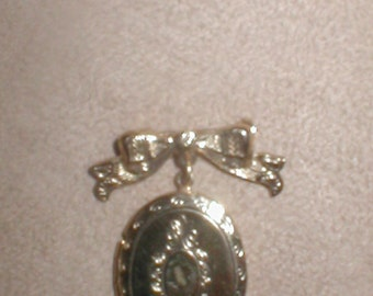 Vintage Bow Locket Pin