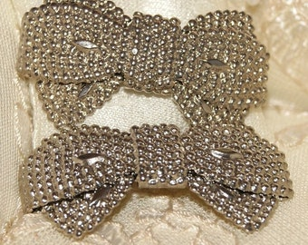 Gorgeous Vintage 1960's Metal Silver Bow Shoe Clips