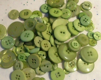 25 Apple Green Buttons, Assorted sizes, Sewing, Craft, Grab Bag Buttons  (1458)