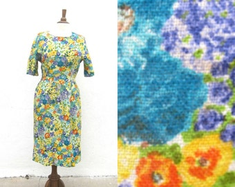 "Sale 1950s Floral Linen Wiggle Dress Ladies Size 8/10 Waist 29"" by Gilbert Orcel"