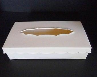 Vintage Wolff Plastic Kleenex Tissue Holder. Hinged lid with wall hanger-Bath vanity accessory