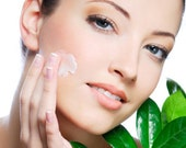 4oz - Light Weight Moisturizer Day & Night Facial Cream - Moisturizing Facial Cream - Specially Formulated Essential Oil Skin Type Blends