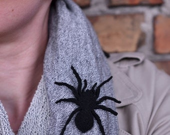 Felt brooch black spider shape black spider