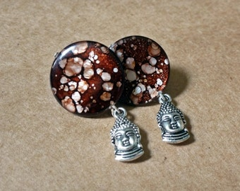 Speckled Shell Disk Post Earrings with Silver Buddha Heads - Stud Earrings with Asian Theme Brown Cream Beads Silver Metal Earthy Zen Yoga