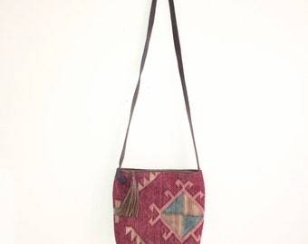 90s rug textile brown leather purse