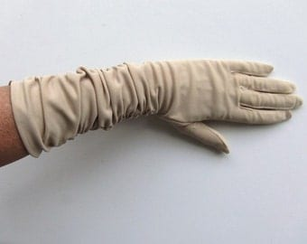 Vintage 60's Women's Gloves Tan Nylon with Side Ruching Mid Length Size 6.5