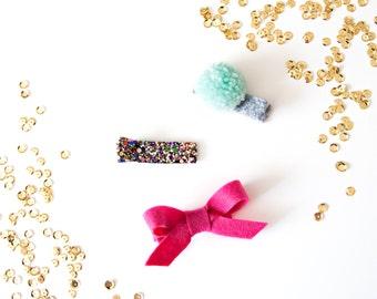 Glitter, Bow & Handmade Pom Pom || Clip Set
