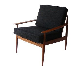 Mid-Century Danish Modern Arne Vodder Teak Armchair Made in Denmark
