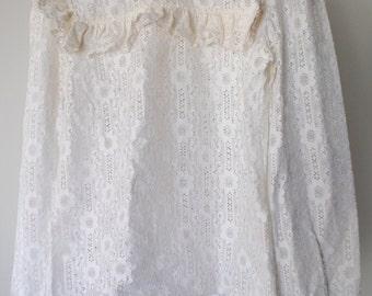 Vintage Retro 80s White Lace Viktorian Blouse
