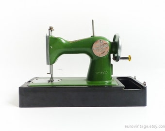 Vintage Sewing Machine Toy W Case / Green Black / Russian 50s 60s