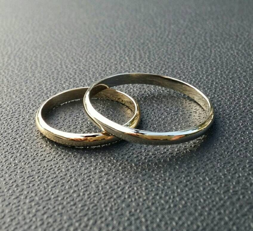His And Her Wedding Bands Gold Wedding Bands Her By Innaheiman