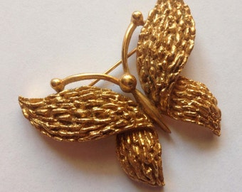 Vintage STUNNING 1950 Goldtone Crown Trifari Textured Butterfly Brooch Pin