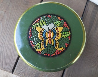 Vintage Round Meister Green With Mosaic Like Butterfly Made in Brazil 1960s to 1970s Metal Flowers