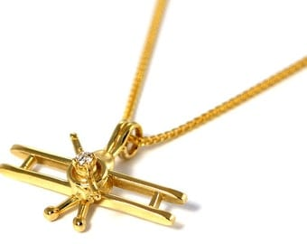 Bi-Plane in 14kt Yellow Gold with 6 Stunning Diamonds with Spinning Prop