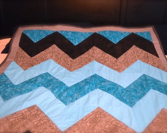 FREE SHIPPING for CHRISTMAS!!! Beautiful Teal and Black/Grey Chevron Large Throw Quilt and Lumbar Pillow