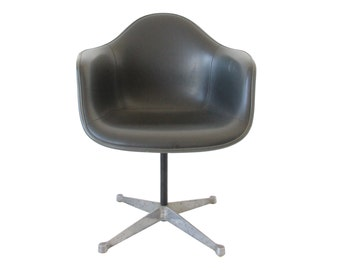 Vintage Herman Miller Swivel Shell Chair